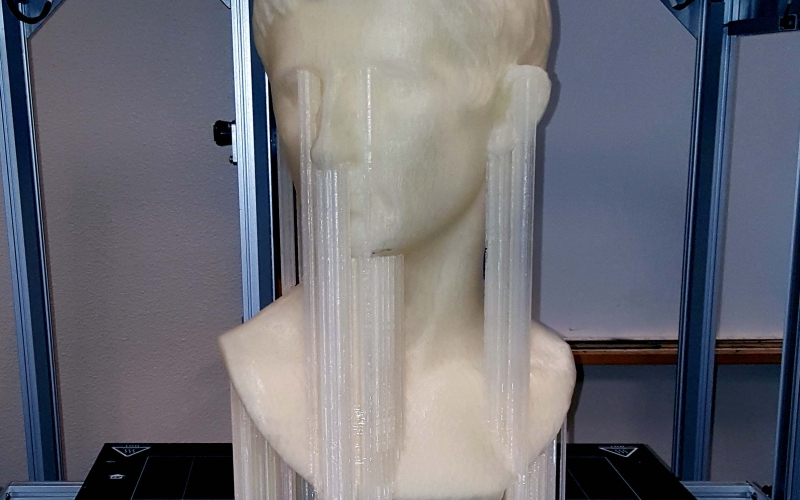 Pheonix-High-Sculpture-mqzc9cc1bs2z1yymgwoe1ecixb4tqhjglkypgukzu2