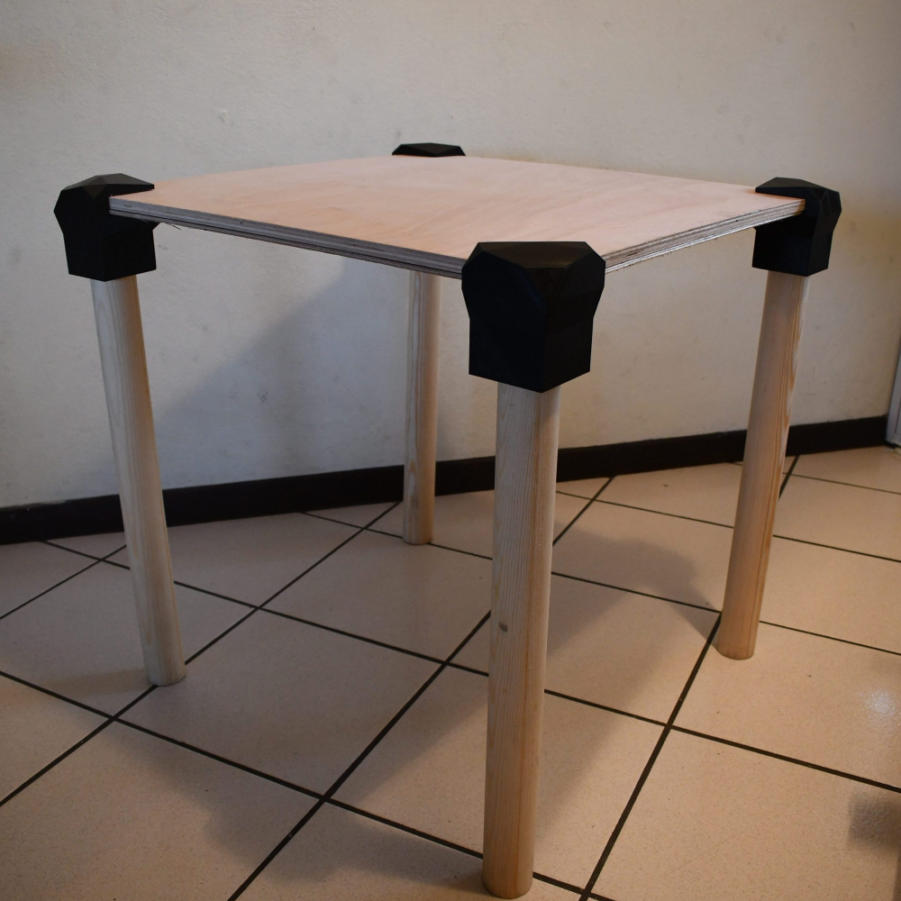 Assembled Table w/ 3D Printed Joints 3